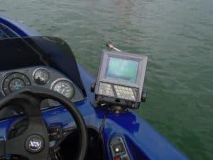 魚群探知機UD-5(2001年モデル)