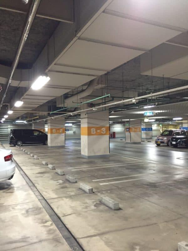 豊橋松葉公園地下駐車場