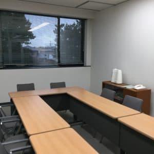 会議室の除菌水噴霧